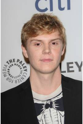 Evan Peters Profile Photo