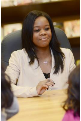Gabby Douglas Profile Photo
