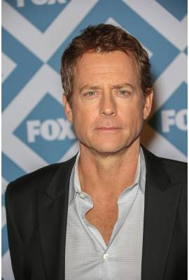 Greg Kinnear Profile Photo