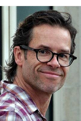 Guy Pearce Profile Photo
