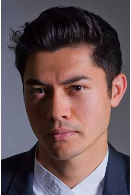 Henry Golding Profile Photo