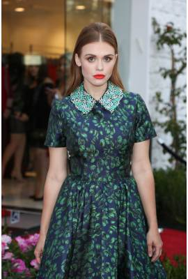 Holland Roden Profile Photo