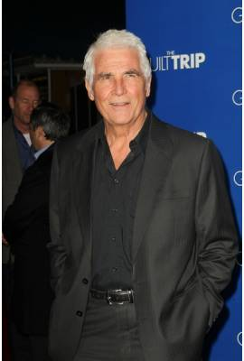 James Brolin Profile Photo