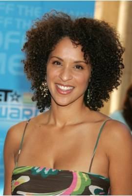 Karyn Parsons Profile Photo