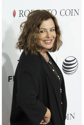 Kelly LeBrock Profile Photo