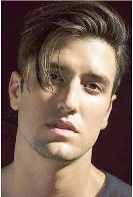 Logan Henderson Profile Photo