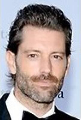 Louis Dowler Profile Photo