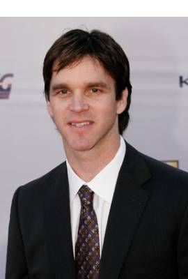 Luc Robitaille Profile Photo