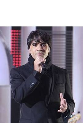 Luis Fonsi Profile Photo