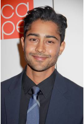 Manish Dayal Profile Photo