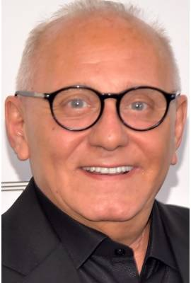 Max Azria Profile Photo