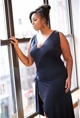 Mia Amber Davis Profile Photo