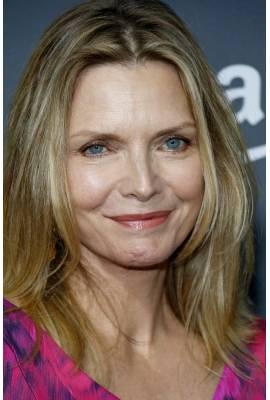 pfeifer dating site And michelle pfeiffer overcomes batman returns ' heavy-handed feminist dialogue to deliver a  and they began dating pfeiffer and horton married in santa monica in.