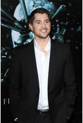 Nicholas D'Agosto Profile Photo