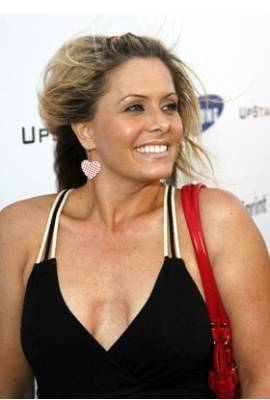 Nicole Eggert Profile Photo