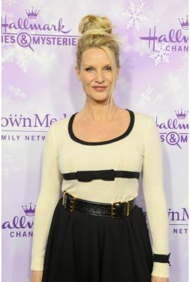 Nicollette Sheridan Profile Photo