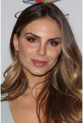 Nina Senicar Profile Photo