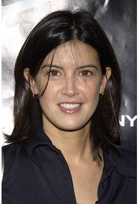 Phoebe Cates Profile Photo