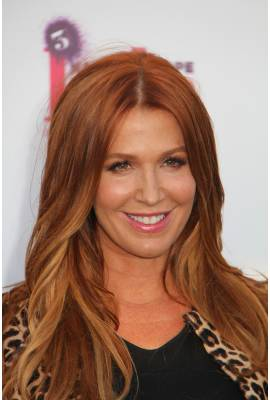 Poppy Montgomery Profile Photo
