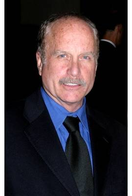 Richard Dreyfuss Profile Photo