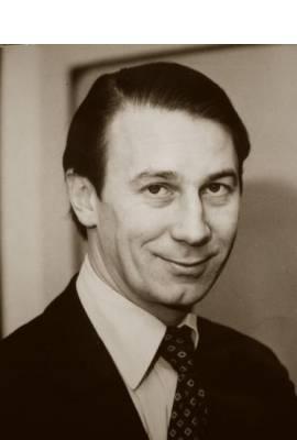 Robert Fellowes, Baron Fellowes
