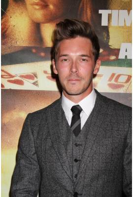Sam Palladio Profile Photo