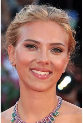 Scarlett Johansson Profile Photo