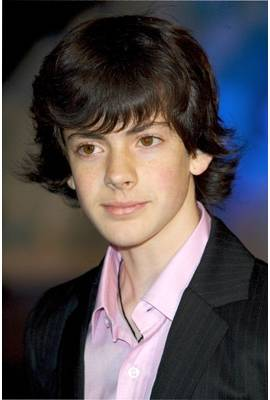 Skandar Keynes Profile Photo