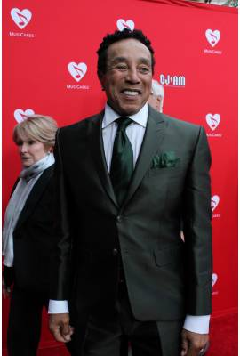 Smokey Robinson Profile Photo