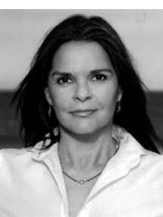 Ali MacGraw Profile Photo