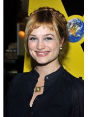 Alison Sudol Profile Photo