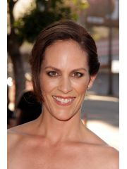 Annabeth Gish Profile Photo