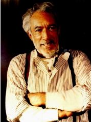 Anthony Quinn Profile Photo