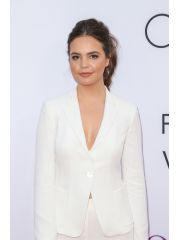 Bailee Madison Profile Photo