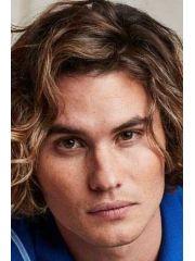 Chase Stokes Profile Photo