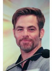 Chris Pine Profile Photo