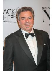 Christopher Knight Profile Photo