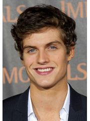 Daniel Sharman Profile Photo