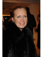 Danielle Steel Profile Photo