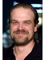 David Harbour Profile Photo