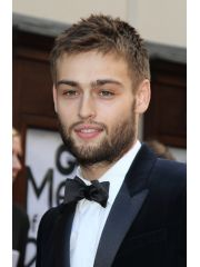 Douglas Booth Profile Photo