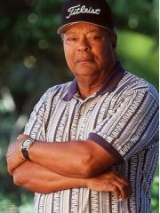 Earl Woods Profile Photo