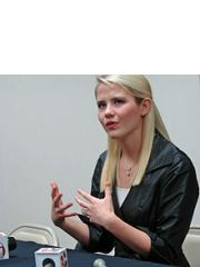 Elizabeth Smart Profile Photo