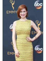 Ellie Kemper Profile Photo