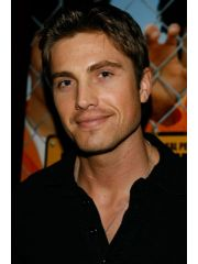 Eric Winter Profile Photo