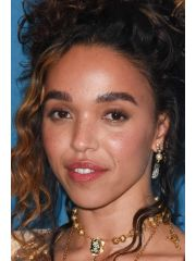 Fka Twigs Profile Photo
