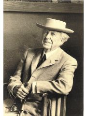 Frank Lloyd Wright Profile Photo