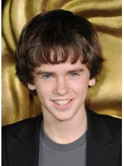 Freddie Highmore Profile Photo