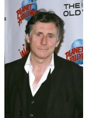 Gabriel Byrne Profile Photo