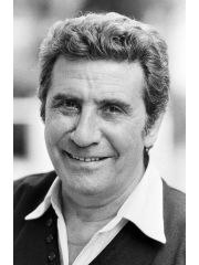Gilbert Becaud Profile Photo